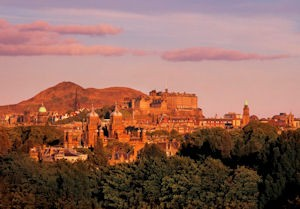 Love Is……….Edinburgh!