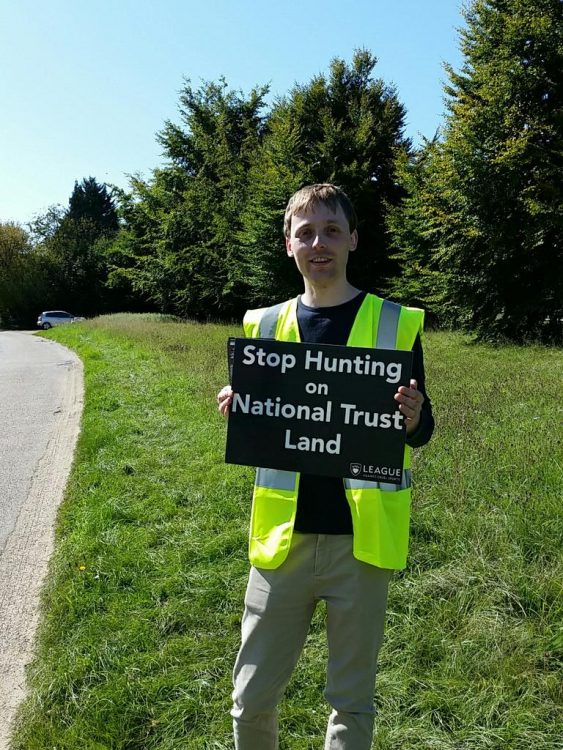 National Trust Face Membership Revolt Over Hunting Licences
